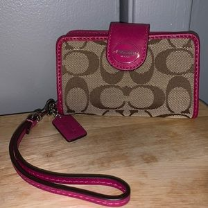 Coach phone/ID & credit card holder wristlet